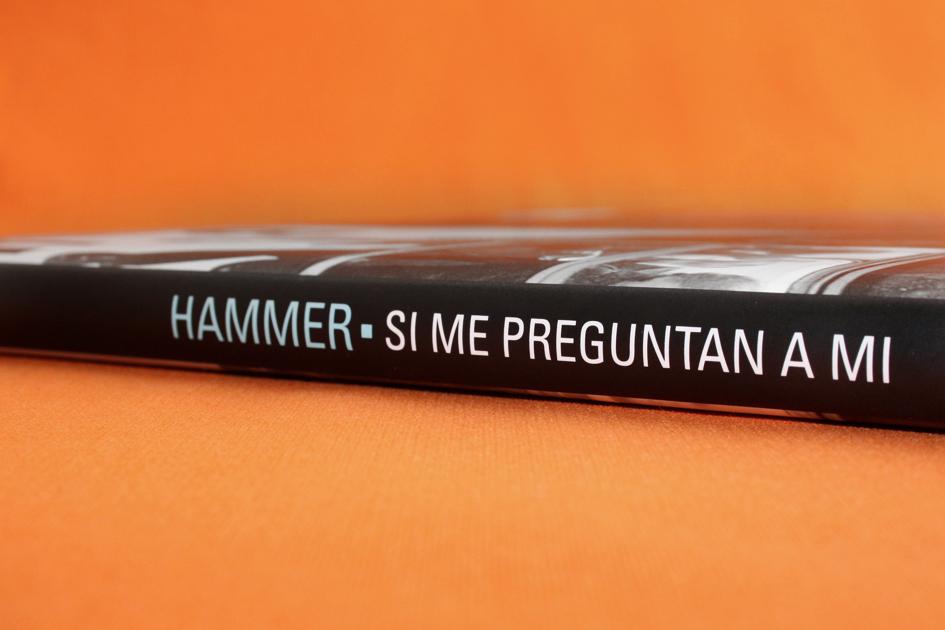 Hammer / Ximena Chapero