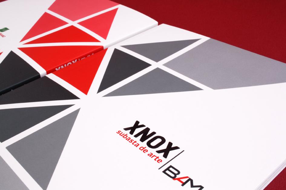 Catálogo Xnox / Diseño: Ximena Chapero