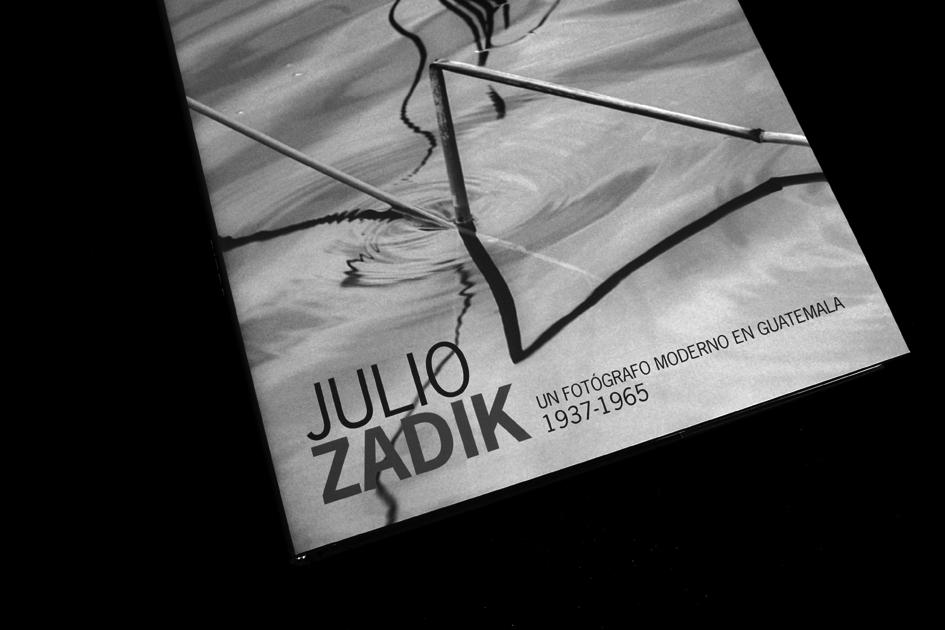Julio Zadik / Diseño: Ximena Chapero